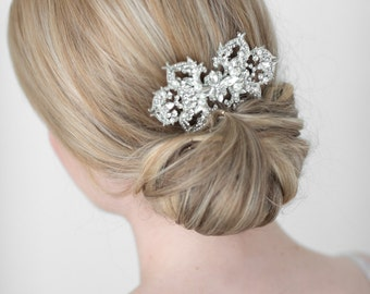 Bridal Hair Comb, Wedding Hair Accessory, Pearl and Crystal Hair Comb