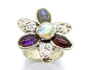 Silver flower gemstone ring with hematite, garnet and labradorite