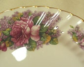 SHABBY COTTAGE CHARM - Lovely Vintage Bone China Display Plate - Pink Roses - Cabinet Plate - Luncheon Plate- Made in England -Victorian