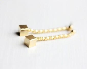 Chain Cube Earrings