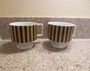 Modern Retro Vintage- 2 mugs Black and yellow stripe