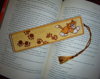 Kitty and Paw Prints - Embroidered bookmark - Ready to ship