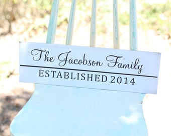 Personalized Family Sign Wedding Christmas Holiday Bridal Shower Gift  (Item Number MHD20006)