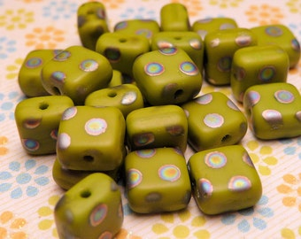 MATTE Lime Square Peacock Beads 5mm - 20pc