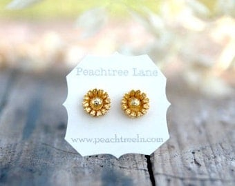 Metallic Gold Daisy Flower Post Earrings // Bridesmaid Jewelry // metallic gold bridesmaid earrings // Bridesmai