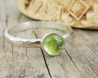 Peridot Ring, August Brithstone, Stacking Ring, Sterling Silver Hammered Texture Band, Size 9.5