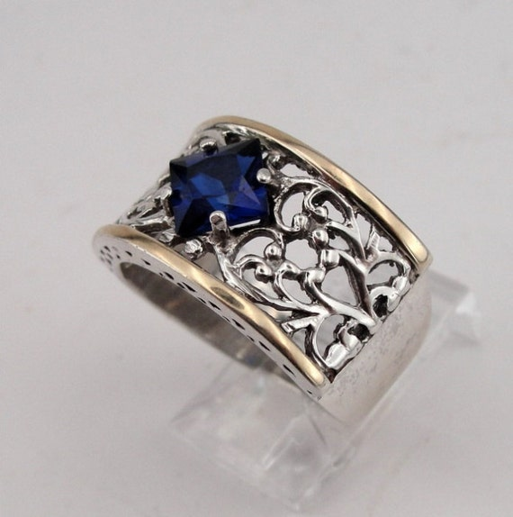 Jewela  9k Yellow Gold Sterling Silver Filigree Sapphire Ring size 7 (s r1436