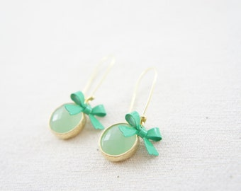 mint green gem and bow kidney wire earring, vintage wedding, bridesmaid, gift