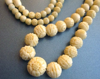 Vintage Carved Celluloid Beaded Necklace