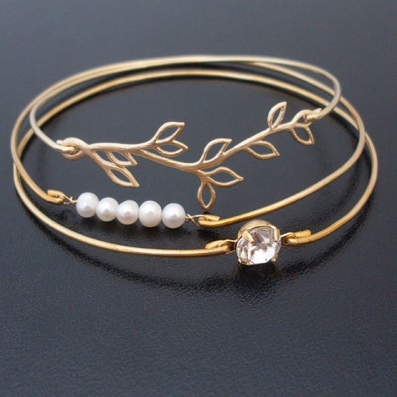 Romantic Wedding - Gold Wedding Bracelets, Gold Wedding Jewelry, Gold Bridal Bracelets, Gold Bridal Jewelry, Pearl and Gold Bracelet Bangles