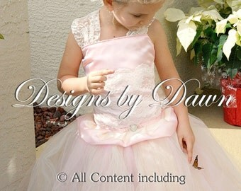 Pink flower girl dress with Ivory and Champagne. Lace Dress. Vintage dress. Blush dress. With train. Size 6m-10.