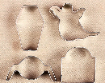 "Halloween Cookie Cutter Set with Ghost Cookie Cutter, Spider Cookie Cutter, Coffin Cookie Cutter, Tombstone Cookie Cutter - 3"" Size"