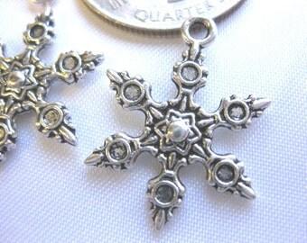 Snowflake Tibetan Silver Jewelry Charm 3 pieces