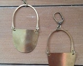 Shield Earrings : Light W...