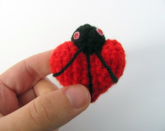 MADE to ORDER - One Red Amigurumi Love Bug , Valentine's Day Heart, Cute Crochet Doll, Crochet Bug Softie, Red Heart Plush, Valentine's Gift