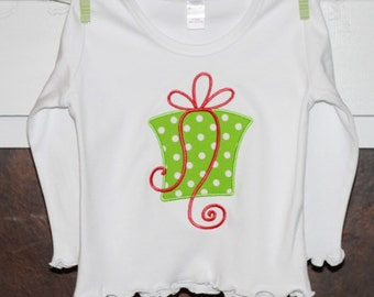 SALE TODAY ONLY  TShirt with Present Applique...Christmas TShirt
