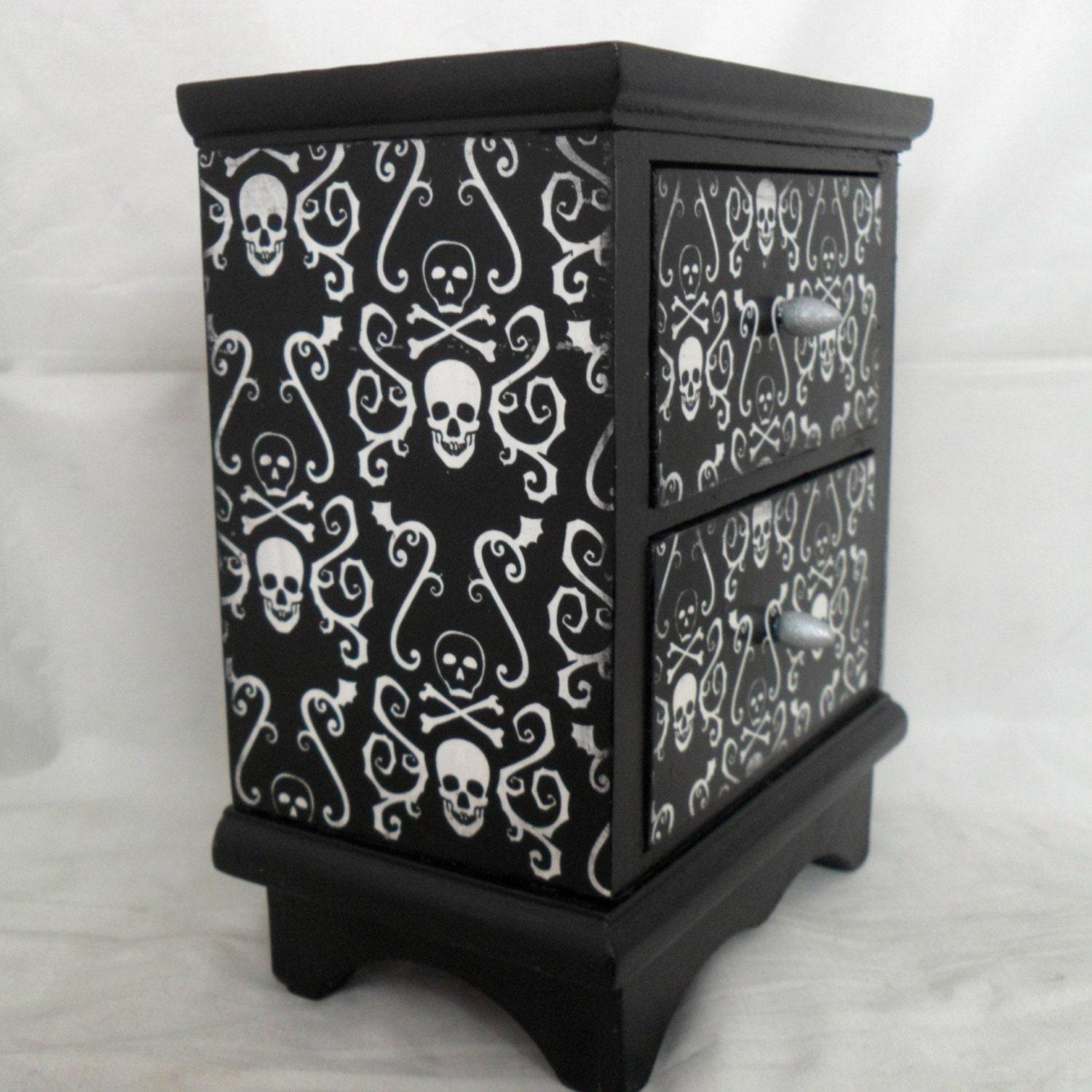 Gothic Home Decor Skull And Crossbones By NacreousAlchemy