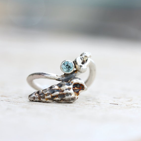 Silver Seashell Nautical Blue Zircon Ring Beach Summer - Blaumuschel