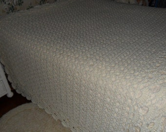 New(Ready to ship) Crochet Afghan (California King 118 in.x 78in.)  Blanket  - Bedspread -  Coverlet  ''SHELLS GALORE''   in Buttercream