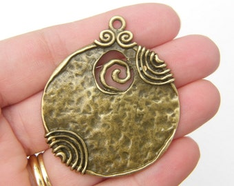 BULK 5 Pendants antique bronze tone BC40