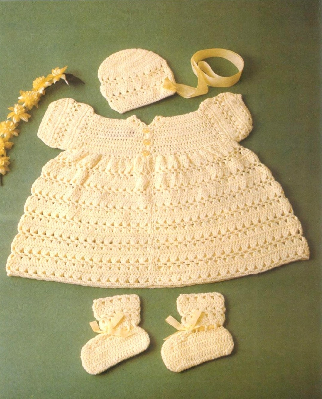 Crochet Baby Dress And Bonnet Pattern : Baby CROCHET PATTERN Baby Dress Bonnet and Booties in 3ply
