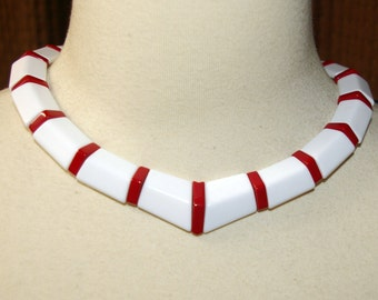Red and White Choker, Necklace,  Beaded back, Fits Small to Medium,  Vintage 1970's