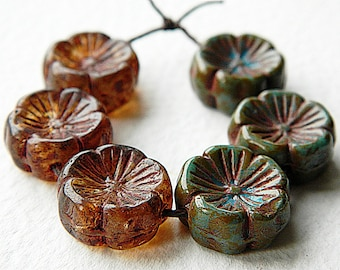 8 Pansy Flower Bead Mix, Large glass flower coin beads, Blue & Brown mix, 14mm  (8pcs) NEW