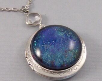 Galaxy,Locket,Silver,Turquoise,Blue,Galaxy Necklace,Galaxy Locket,Blue Necklace,Blue Stone,Star Locket,Star Necklace. valleygirldesigns.