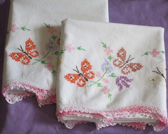 Vintage Embroidered PAIR of Pillowcases with Crocheted Edging