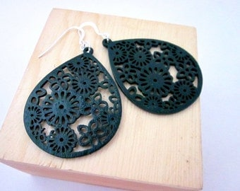 Forest Green Earrings -- Laser Cut Wood Earrings -- Dark Green Earrings -- Green Teardrop Earrings -- Wood Dangles -- Forest Green Jewelry