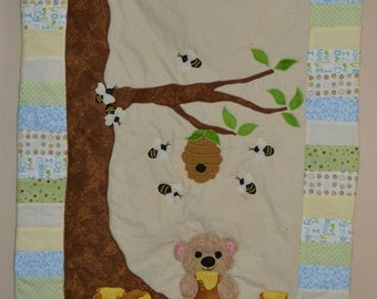 Under the honey tree baby quilt