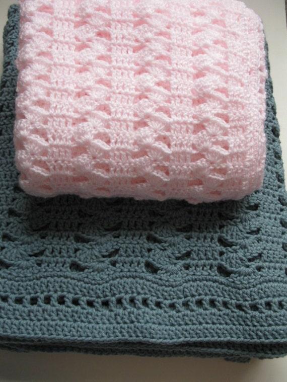 Crochet Stitches Easy Blanket : Easy Crochet Blanket Pattern - Interlocking Shell Stitch Blanket - PDF ...