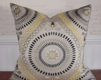 SALE ~ Decorative Accent Pillow Cover: 20 X 20 Jacquard Mosaic Medallion in Lemon Tonic