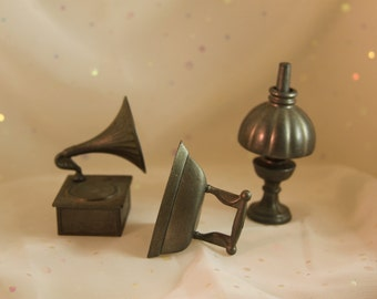 3 Pewter Miniatures Made in England Hurricane Lamp Iron Gramophone Victrola