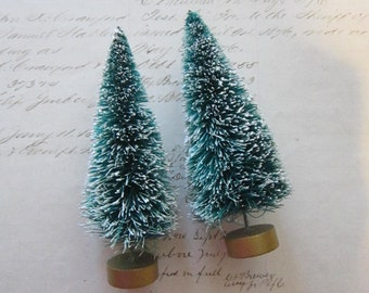 2 miniature bottle brush trees - 4.25 inches - green, flocked, sisal - or4