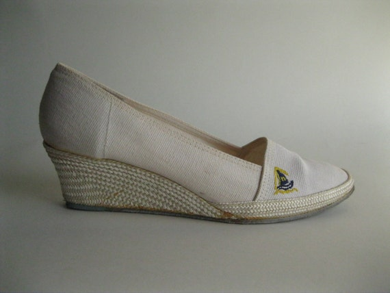 vintage 1970s shoes white nautical wedge sailboat by