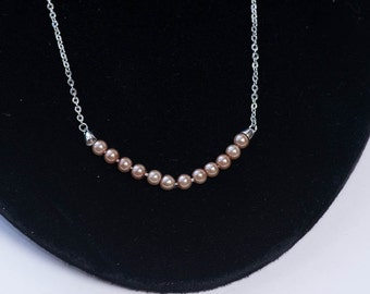Vintage Pearl Necklace Feminine Silver Chain and Pearls