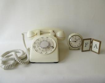 Vintage Rotary Phone Cream