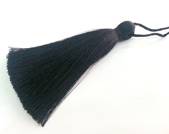 Black Tassel ,   Large Thick  113 mm - 4.4 inches   G2832