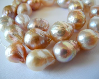 Freshwater Baroque Pearl Natural Color Peach White Mauve 15mm 18mm Half Strand 12 Pieces