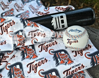 SALE -Detroit Tigers 100% Cotton Fabric - OOP and Hard to Fine!  RARE!
