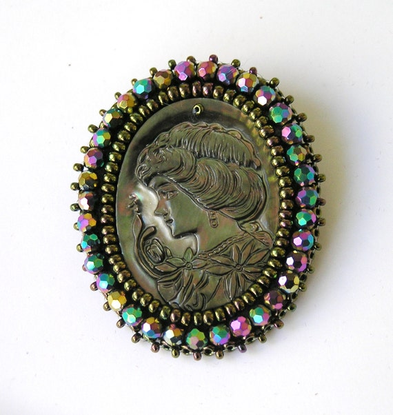 Cameo brooch Bead embroidered vintage style pearl embroidery beaded victorian