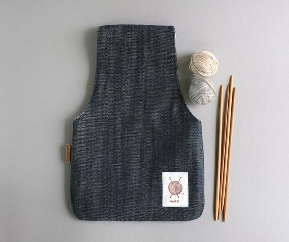 Knitting Project bag Knitting Wristlet Small Yarn by JesabelleB