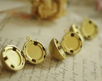 30pcs   Golden Snitch   Lovely magic ball  brass   Lockets