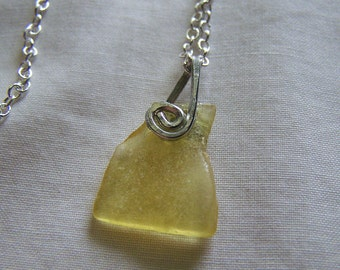 Natural Raw Baltic Yellow Amber Silver Pendant