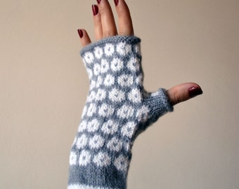 Gray Fingerless Gloves - Grey and White Fingerless Polka Dots Gloves - Fall Gloves - Knit Fingerless Gloves - Fall Accessories nO 134.