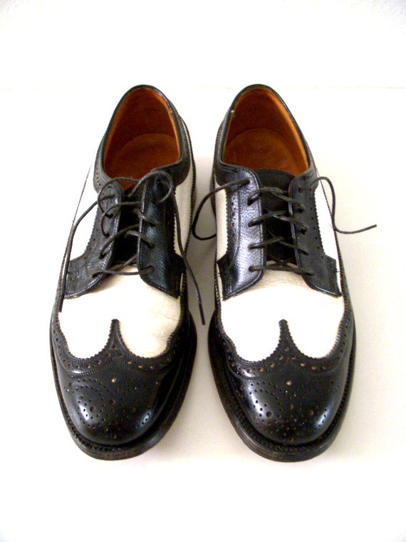 Men S Two Tone Wingtips Mens Shoes