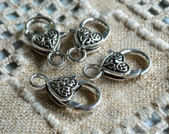8pcs Clasp Lobster Claw Antiqued Silver Finished Pewter 20x13mm Fancy Heart Design