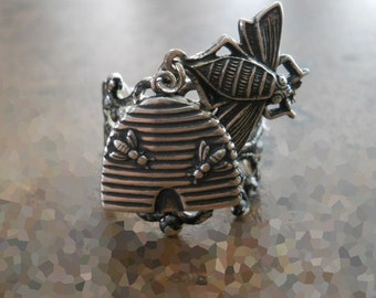 Beehive Ring in Silver ORIGINAL EXCLUSIVE DESIGN by Enchanted Lockets Only