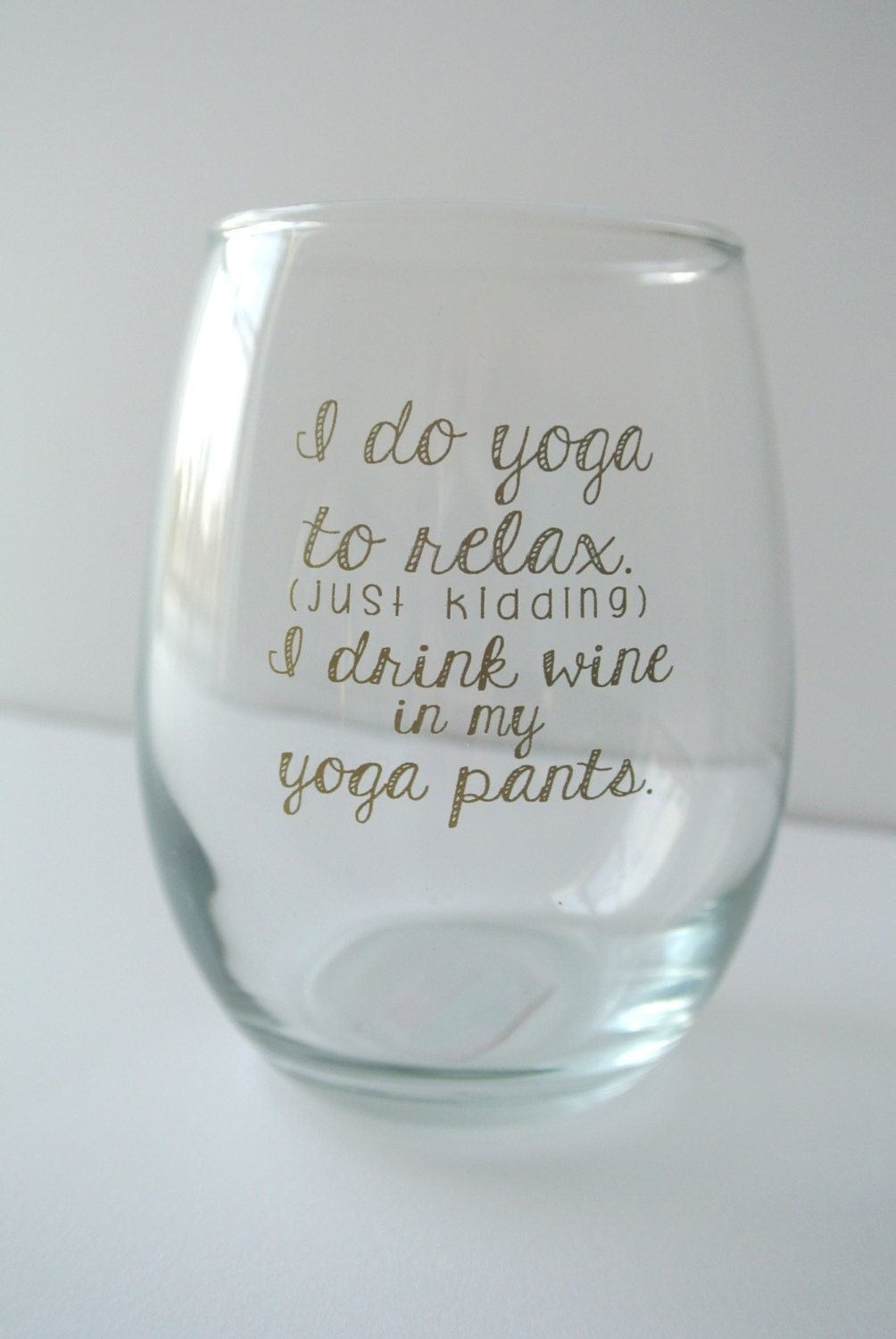 how to put writing on wine glasses